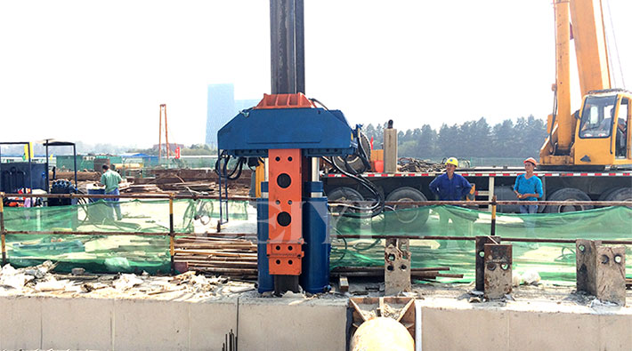 H-BEAM PILE EXTRACTOR